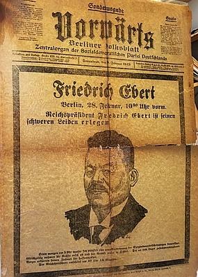 (EBERT, FRIEDRICH). VORWÄRTS - Sonderausgabe Vorwärts. Berliner Volksblatt. Zentralorgan der Sozialdemokratischen Partei Deutschlands 28. Februar 1925.